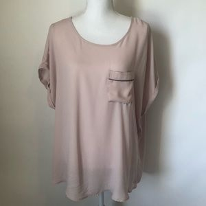 Maurices pink SS blouse size 1 (16w/18w)